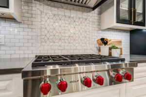 Unique Stove top with inspirational tilework